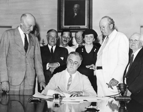 Signing_Of_The_Social_Security_Act